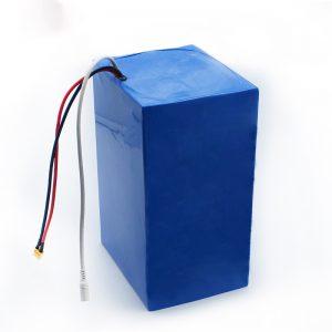 барлығы 72V 30Ah литий батареясының аккумуляторлары бір электр скутерлі мотоцикл көлігінде